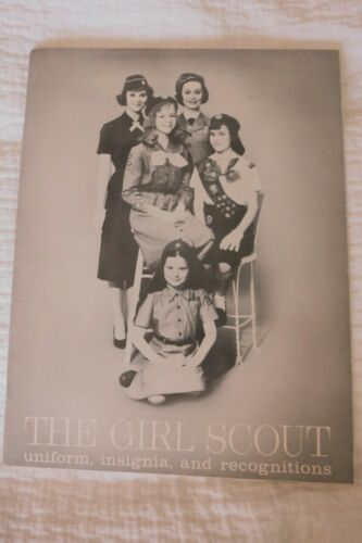 Vintage GIRL SCOUT CATALOG 1958 Uniform Insignia Recognitions Equipment EXC