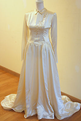 Vintage 40's 50s  Ivory Satin Wedding Dress Cathedral Train, Collar