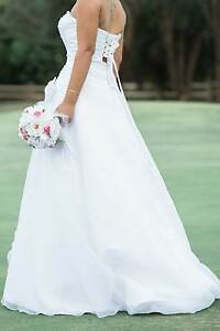 PRINCESS WEDDING GOWN BY MANCINI SIZE 8 Broadwater Busselton Area Preview