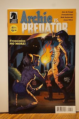 ARCHIE vs PREDATOR # 4 Comic VARIANT Cover A ~ BLOODY! SEXY Betty & Veronica NM