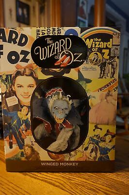 Flying Monkey Wizard Of Oz (Wizard Of Oz FLYING MONKEY Statue RARE ~ ONLY 250 MADE ~ Gentle Giant Figure)