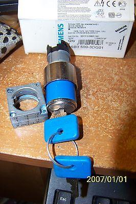 Siemens 3sb3 500-3dg01 3 Position Metal Round Locking Switch