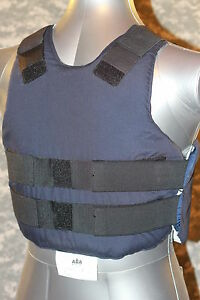 Mediun-Reg-ABA-Body-Armor-Concealable-BulletProof-Vest-Level-2-II-Good-Cond