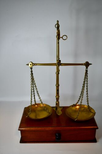 Very Nice Apothecary Scales