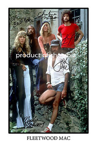 FLEETWOOD MAC LARGE AUTOGRAPH SIGNED POSTER  - GREAT PIECE OF MEMORABILIA