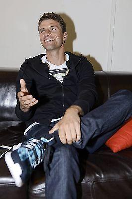 Thomas Müller mit seinen Adidas ZX Flux Schuhen Foto: Imago