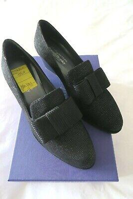 RUSSELL & BROMLEY STUART WEITZMAN Atta Bow shoes, 4 1/2, Black print...