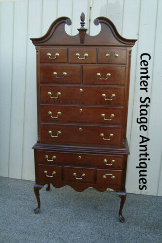 60658 LEXINGTON Banded Mahogany High Boy Dresser High Chest