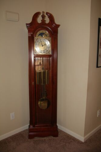 Howard Miller Grandfather Clock... WITH MOON DIAL!