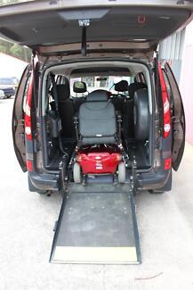 2011 Renault Kangoo Van/Minivan wheelchair/scooter accessable