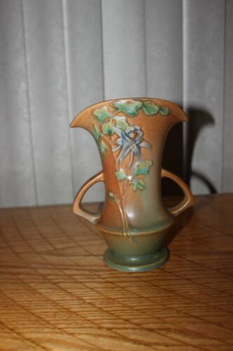 Vintage Original Roseville Art Pottery Vase tan green floral Columbine 16-7