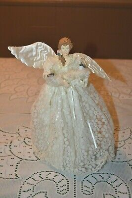 Vintage Christmas ~ Light up Angel Tree Topper ~ Lace dress ~ plugs into lights
