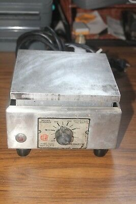 Syborn Corp. Thermolyne Hot Plate Hp-a1915b-13 Type 1900
