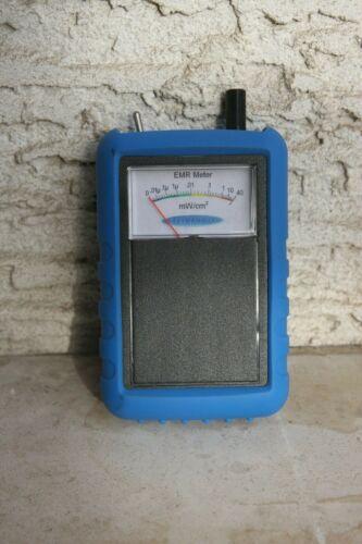 EMF Meter - 50 Hz to 18 Ghz Range - Detects Smart Meter, Cell Phone, WiFi +