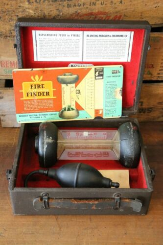 Bacharach Fyrite Combustion Gas Analyzer Fire Tester Vintage Thermometer in Box