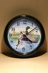 VTG 1997 ACU-RITTE  Chaney Instrument Co. Wall Clock with Duck 8.1/2'' For Parts