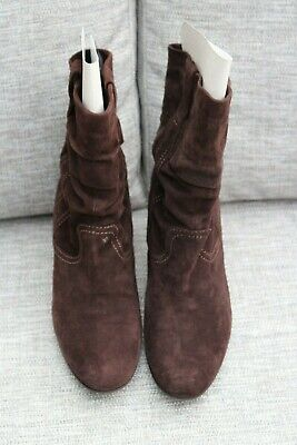 New Kennel und Schmenger Soft Brown Suede pull on Ankle Boots top stich size 5