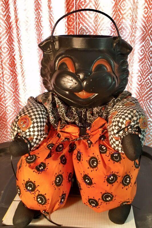 Vintage Halloween Trick Or Treat Cat Figure