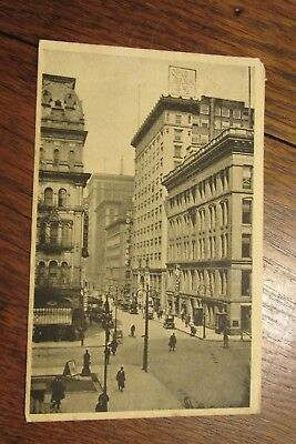 A158 Vintage Postcard Ohio Bank Street Scene Madison Avenue Oh 50 Associated