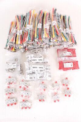 TRIAX Set De 427 Accesorios - Cables,Conectores,Resistencias,Divisores