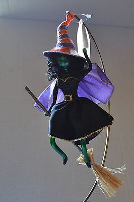 NEW  RADKO BROOM ZOOM Glass Christmas Ornament ITALY  2007 retired FLYING WITCH ()