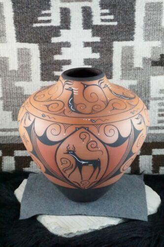 Zuni Pottery - Priscilla Peynetsa