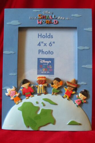 """Authentic Walt Disney Its a Small World Ride Resin Picture 4"""" x 6"""" Photo Frame"""