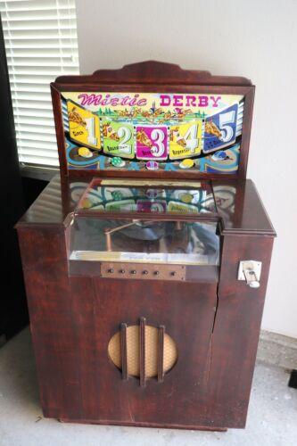 1947 Maitland Manufacturing Co Mistic Derby Horse Race Trade Stimulator Jukebox