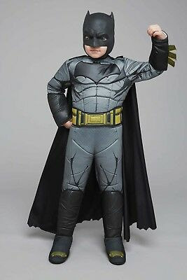 Ultimate Batman Kids Costume Dawn of Justice Size 8-10 WITH Grappling (Batman Costume Grappling Hook)