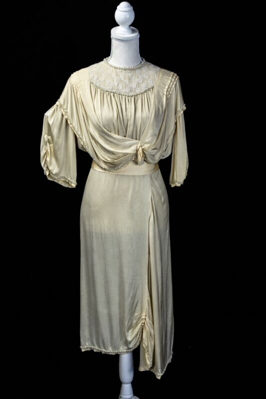 Incredible antique 1910s Edwardian Silk lace wedding Dress, pearl beads, ivory