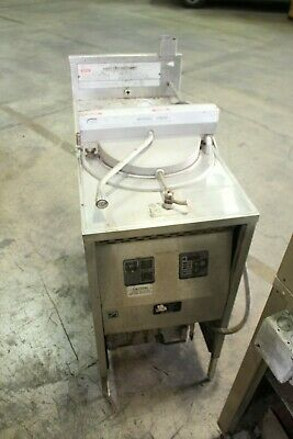 Broaster Company Commercial Pressure Deep Fryer Model 1800 240v 3ph 60hz