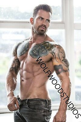 TATTOOED INKED SEXY HOT SHIRTLESS MATURE FIT MALE MODEL SHIRTLESS IN JEANS PHOTO](Hot Male Movies)