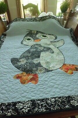 HANDMADE AND LONGARM QUILTED PENGUIN THROW QUILT 42 AND 1/2 INCHES W X 62 AND 1/