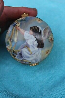 Ardleigh Elliott Fridays Child The Precious Child Heirloom Porcelain Music Box