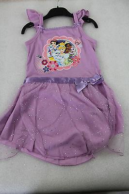 NEU! Disney Kinder Mädchen Kleid mit Disney Prinzessinnen Aufdruck versch Größen (Disney Kinder Prinzessin Kleider)