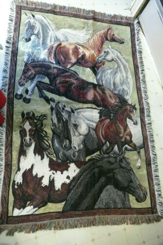 Large GORGEOUS horse throw / tapestry 45 x 67