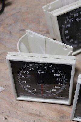Welch Allyntycos Sphygmomanometer Ce050