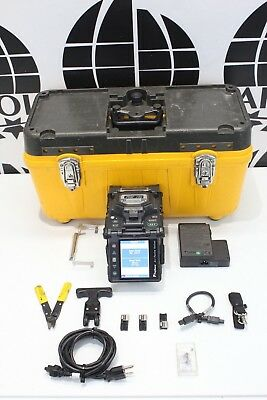 Fujikura 18s Sm Mm Fiber Fusion Splicer 969 Total Arc Count W Cleaver Ct-06