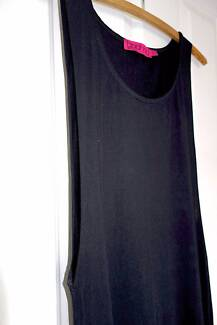 BOOHOO ladies long black summer dress with long open arm holes + Glenning Valley Wyong Area Preview