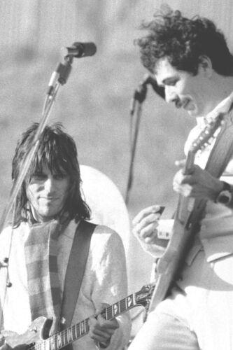"CARLOS SANTANA & JEFF BECK in OAKLAND, CA 12"" x 18"" 1976 Concert Photo"