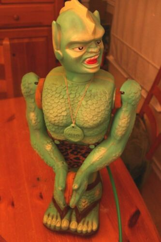 """GREAT GARLOO Vintage Battery Operated Robot MARX 1961 ! 23"""" Orig LOIN CLOTH⭐⭐⭐"""