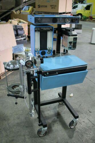 North American Drager Narkomed Anesthesia Machine W/ Ohmeda Desflurane Vaporizer