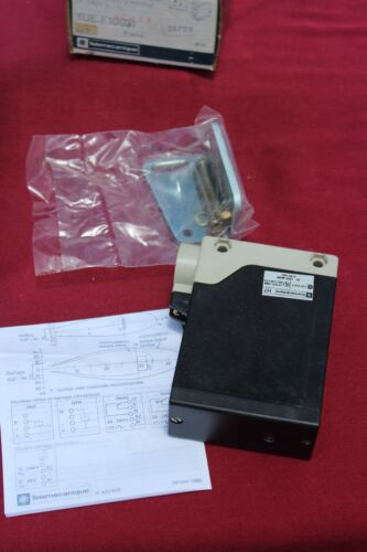 TELEMECANIQUE XUE-F10031 PHOTOELECTRIC SENSOR USIP