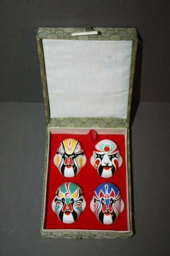 VINTAGE LOT OF 4 CHINESE HAND PAINTED PORCELAIN OPERA MASKS