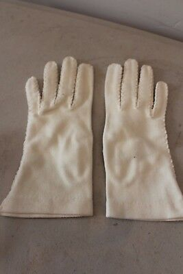 Women's SMART SET Ivory Vintage Gloves Sz 6 L#973