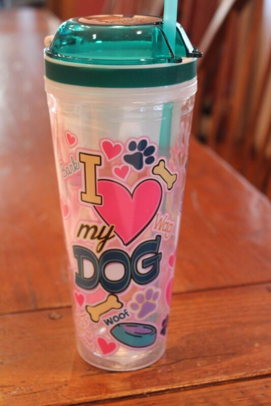 """I Love My Dog"" Trvael Cup"