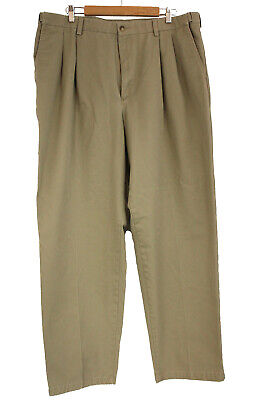 Croft & Barrow Khaki Pants With Pleated Front and Elastic Waist Size 40 x 32