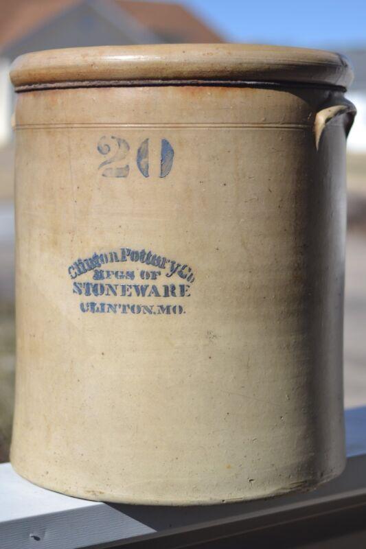 20 gallon CLINTON, MO POTTERY antique crock - very good condition