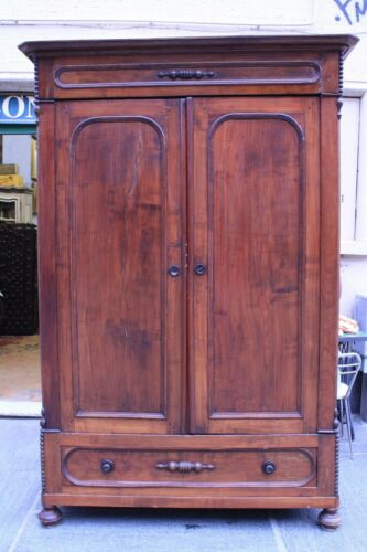 Elegant Closet Walnut/Piedmont/1870 About / Furniture Antique Ottocento