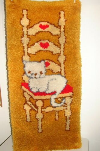 "Vintage Very Large Cat Latch Hook Rug Wall Hanging Complete 20"" x 44"""